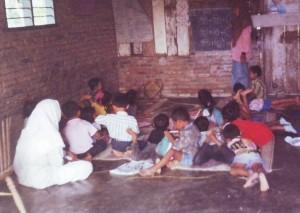 SBA 1990, numpang di rumah Mang Wiro